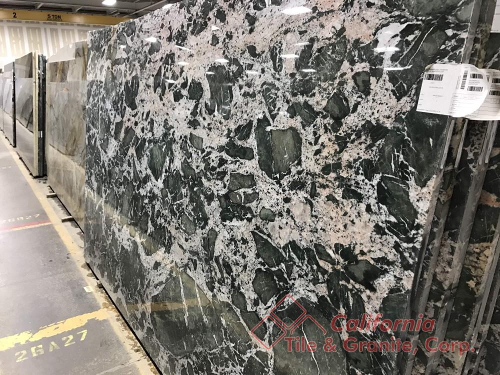 Quartzite – Amazonic Breche Slab-min
